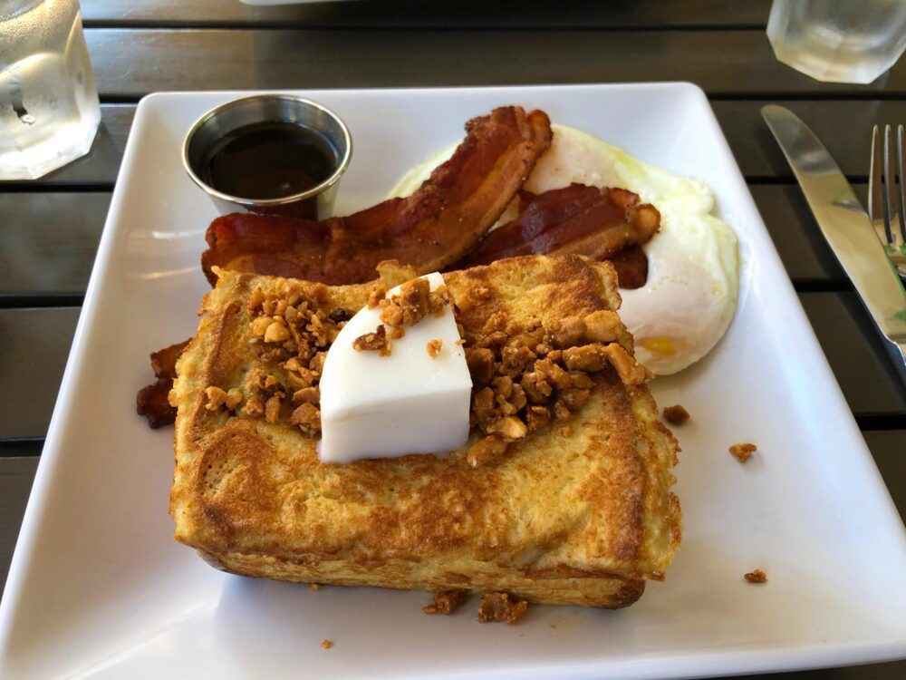 french toast plate at Anuenue Cafe in Poipu